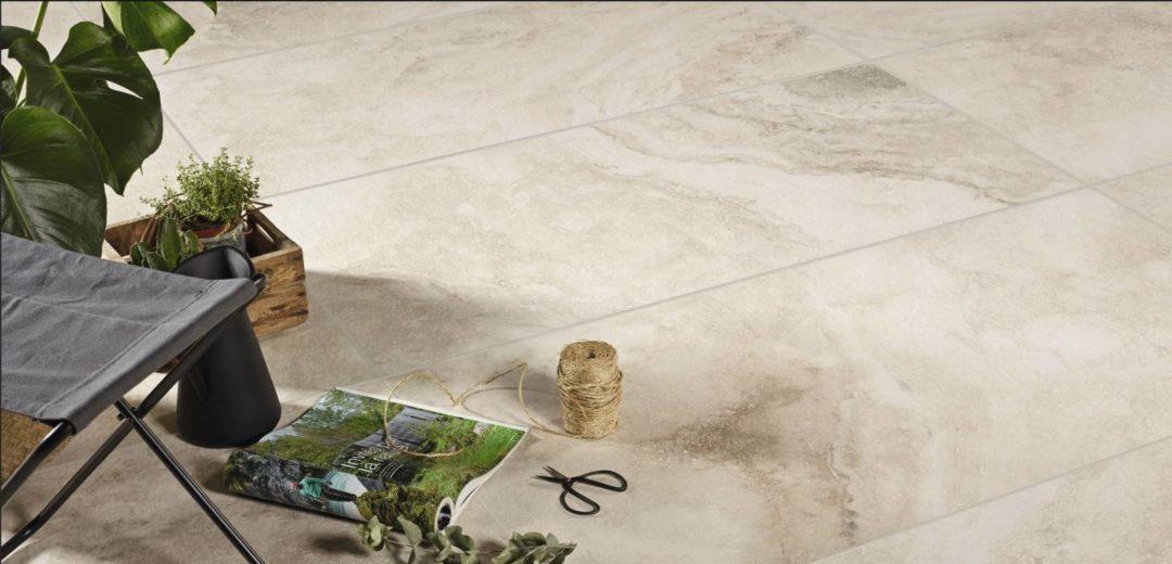 Dalle forte épaisseur en grès cérame pour pose sur plot imitation pierre : Chrono
