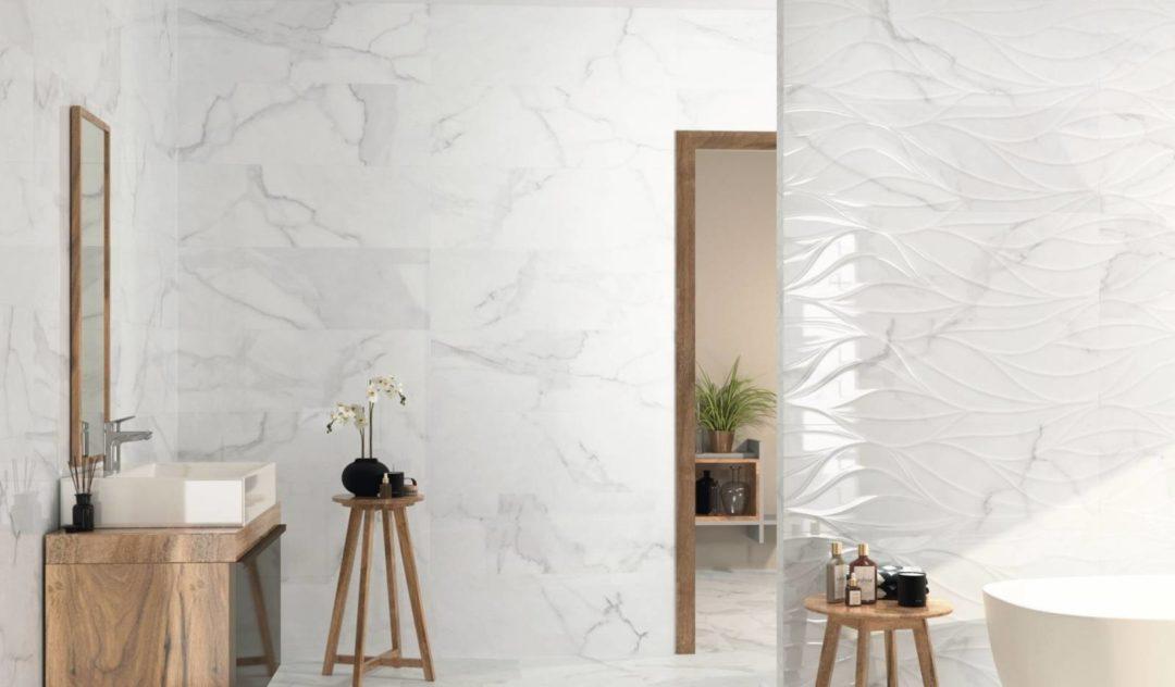 Carreaux très grand format imitation marbre blanc brillant avec décors en reliefs : Imperium