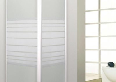 Paroi de douche d'angle blanche sérigraphié pour bac carré à la Rochelle: Cayenne