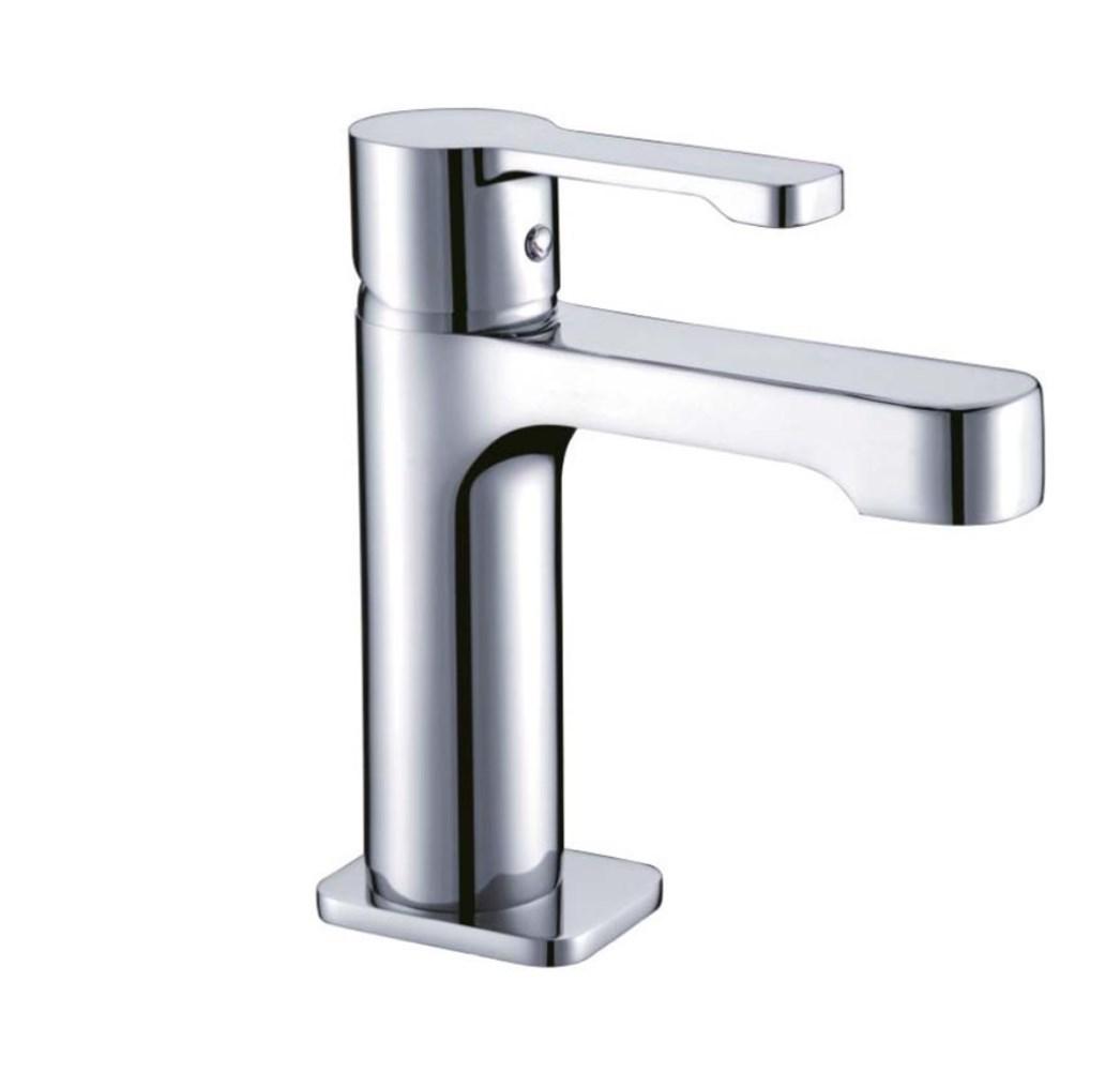 Sanitaire et robinetterie de qualité à Bordeaux , mitigeur de lavabo chromé STREET